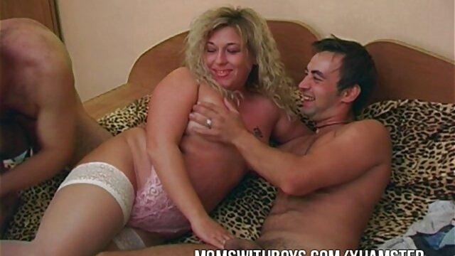 XXX nessuna registrazione  Procace maturo pornostar massaggi integrali video scopa su il divano con lei fans