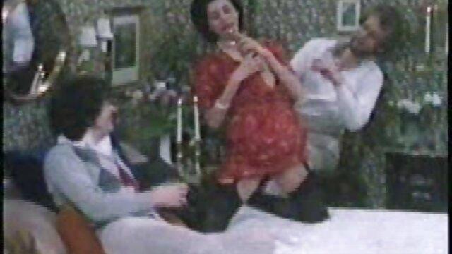 XXX nessuna registrazione  Donne Mature con ELITE Tette kendra lussuria con un uomo sul video massaggi integrali tavolo