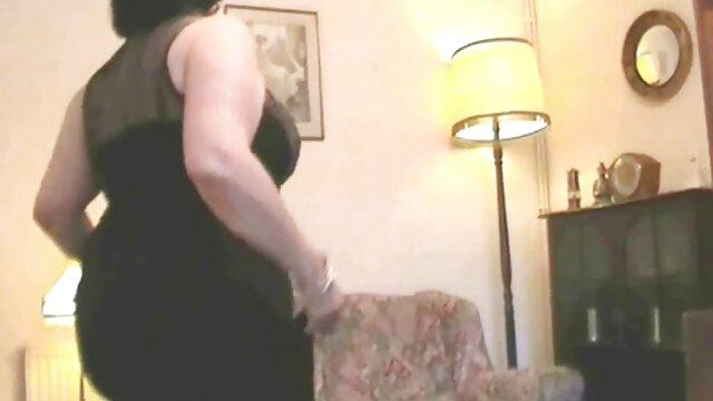 XXX nessuna registrazione  I neri ridono della massaggi donne porno paura della casalinga