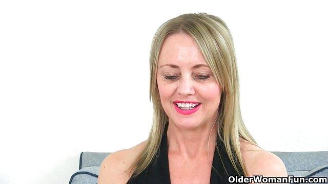 XXX nessuna registrazione  Calda video massaggi porno orientali bionda ha un cazzo nella sua figa