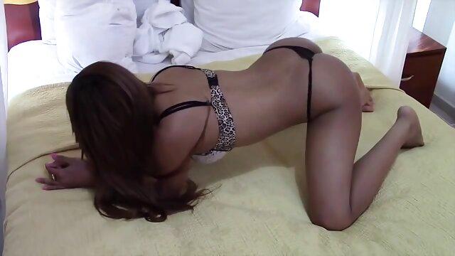 XXX nessuna registrazione  La vittima sexy di un video di massaggi erotici modello porno asiatico