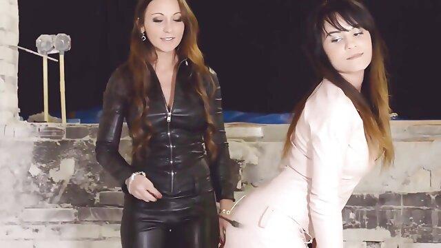 XXX nessuna registrazione  Breve scena di massaggi erotici film sesso con splendida pornostar