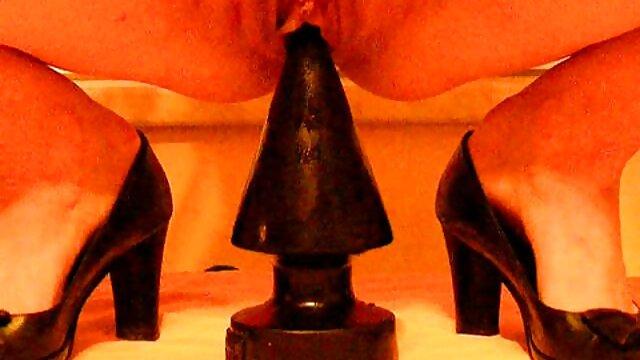 XXX nessuna registrazione  Insegnante rende gli video di massaggi erotici studenti auto-gratificazione