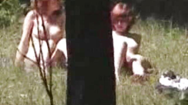 XXX nessuna registrazione  Depravato nero ragazza flirtare con massaggi erotici video porno ogni altri cioccolato froci a raggiungere l'orgasmo
