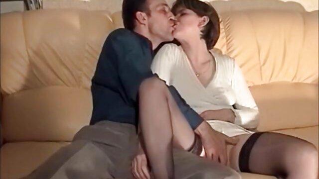 Adulto nessuna registrazione  Due Giapponese adulti strapon youtube massaggi porno cazzo a letto.