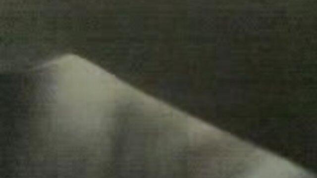XXX nessuna registrazione  Ragazza russa cercando doloroso sesso anale con un video massaggi eros ragazzo