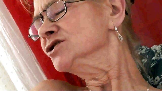 XXX nessuna registrazione  Pornostar attivamente lavorando sul cazzo video di massaggi hard