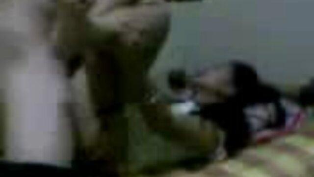 XXX nessuna registrazione  Una violenta rissa, che ha solo danneggiato video erotici massaggi le due donne.