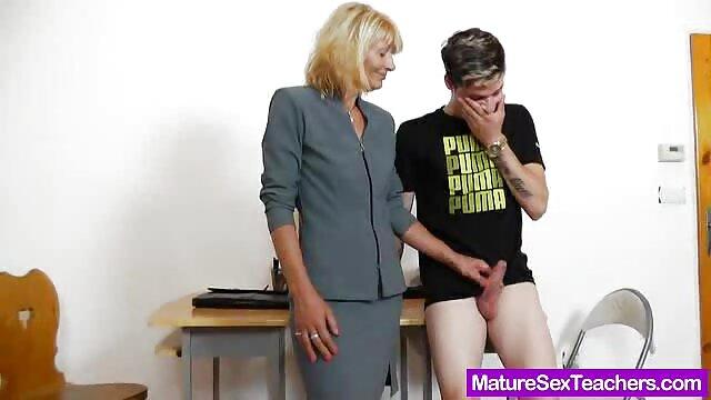 XXX nessuna registrazione  Dolce tette di una massaggi porno video gratis bella donna per un ciclista