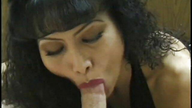 XXX nessuna registrazione  Compilazione di donne pissing per favore in film porno gratis massaggi bocca