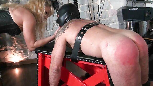 XXX nessuna registrazione  Bionda grande come un adulto e poi strappato la sua video massaggi italiani porno figa e culo