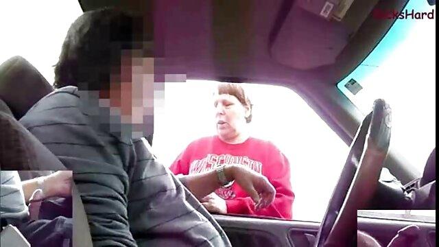 XXX nessuna registrazione  Caldo brunetta culo giostre un uomo con un water pipe mentre equitazione un viscido stronzo massaggi video erotici