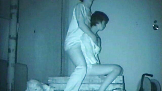 XXX nessuna registrazione  Casalinga preso in giro per parlare al telefono film porno italiani massaggi