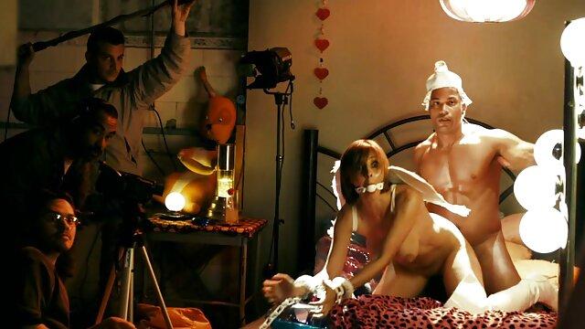 XXX nessuna registrazione  Ospitalità Pornostar video porno di massaggi cinesi con due uomini