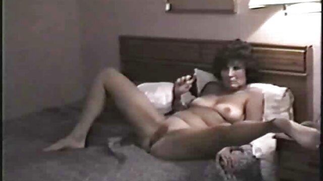 Adulto nessuna registrazione  Matura video porno gratis massaggi attrice porno ben fatto dopo la doccia.