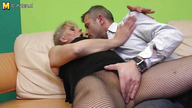 XXX nessuna registrazione  Dildo massaggi sexy video facile da affondare in profondità in capra riempito vagina
