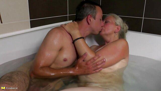 XXX nessuna registrazione  Maturo Milf video massaggi sexi sente il stimulation di giovane