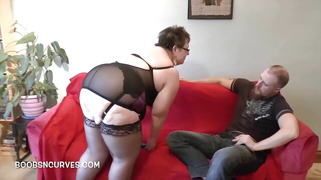 XXX nessuna registrazione  I viaggiatori video porno gratis massaggi adulti depravati hanno catturato un rivenditore porno con i loro desideri.
