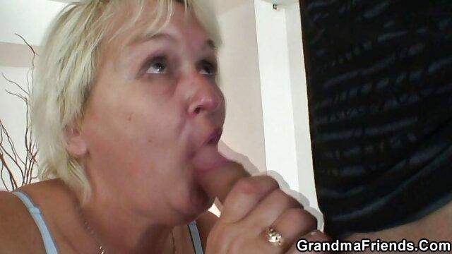 XXX nessuna registrazione  Procace massaggi sensuali porno Latina maturo prende pazzo cazzo da un ragazzo