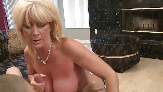XXX nessuna registrazione  Famoso maturo e Adulto Nero massaggi erotici porno Donne sella uomo pene e cavalcare