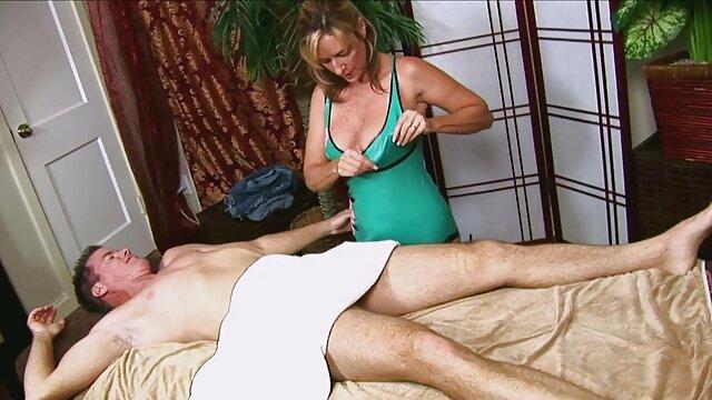 XXX nessuna registrazione  L'ornamento non video porno massaggio erotico è una garanzia per il sesso legale