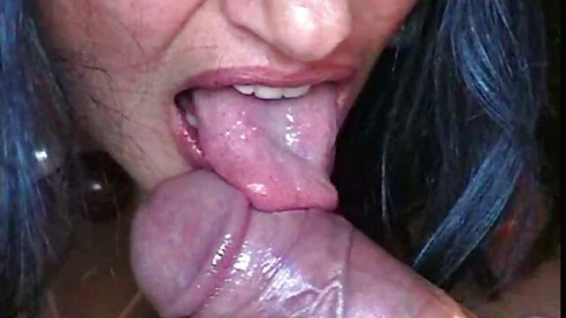 XXX nessuna registrazione  Un vecchio massaggi sexy video medico tedesco un pompino fresco e gustoso