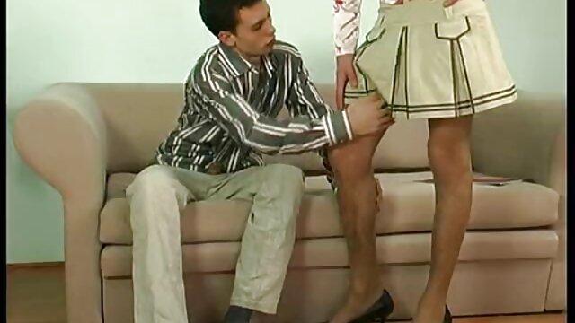 XXX nessuna registrazione  Ordinario maturo giovani donne bere video erotici massaggi vino e partecipare a Sesso di gruppo