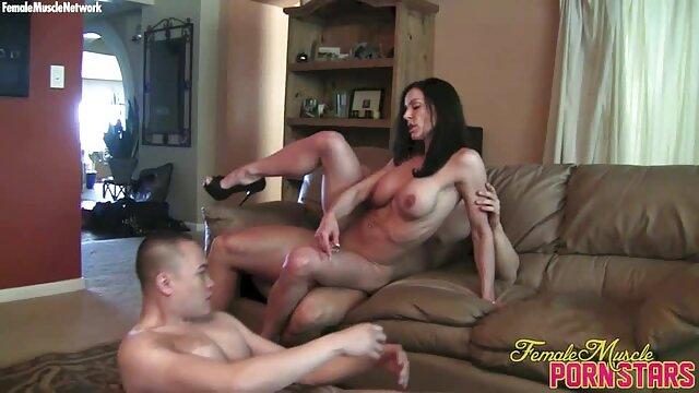 XXX nessuna registrazione  Stivali, lungo in pelle e calze per la massaggi hot gratis masturbazione