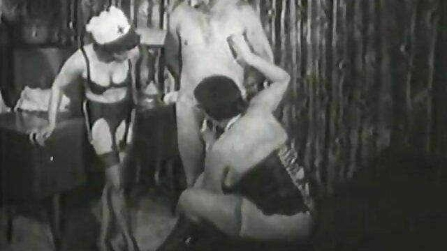 XXX nessuna registrazione  Calda video massaggi orientali porno pornostar si masturba con un dildo enorme.