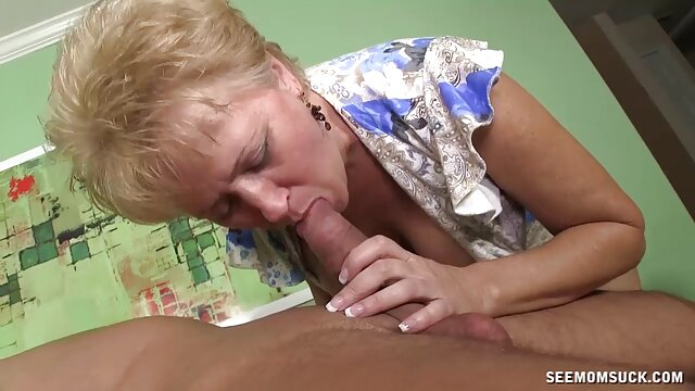 XXX nessuna registrazione  La porno massaggi sensuali bambola si abbandona alla sua piacevole Masturbazione.