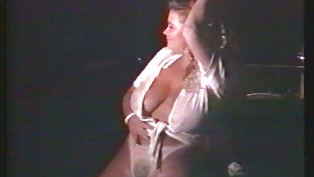 XXX nessuna registrazione  Pornostar massaggi molto erotici slut Sheila si masturba scopata duro, frocio, da solo