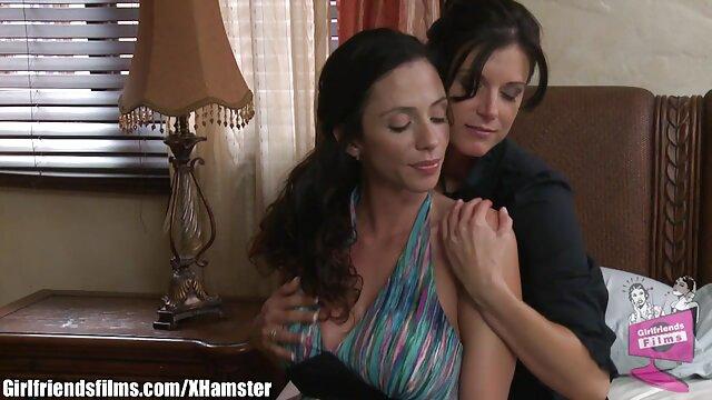 XXX nessuna registrazione  Maturo brunetta micio e culo sono scopata con sesso giocattoli in il video di massaggi erotici forest