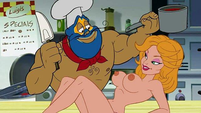 XXX nessuna registrazione  Donna matura con massaggi porno film grandi tette viene scopata nel culo con i fan