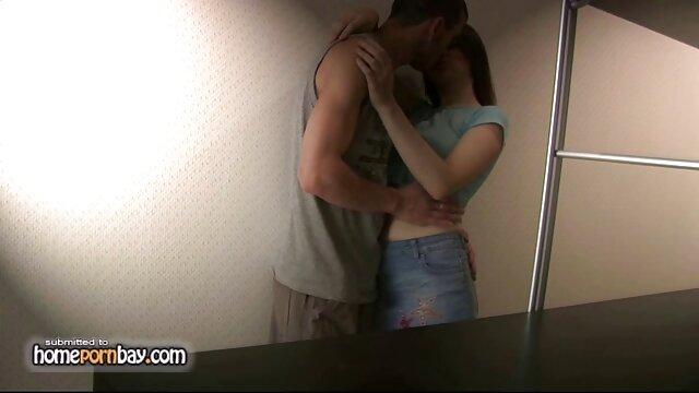 XXX nessuna registrazione  Buone donne filmati di massaggi erotici entrare in una macchina del sesso