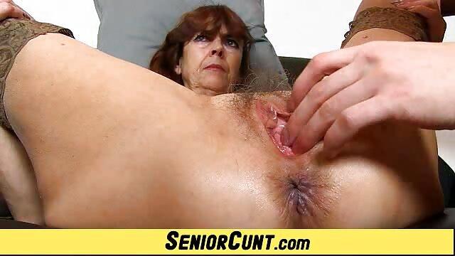 XXX nessuna registrazione  Bella e affascinante Nessa ha un grosso cazzo in tutti i massaggi porno erotici buchi