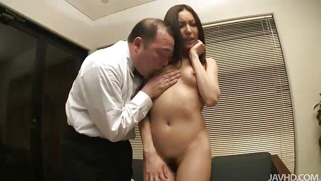XXX nessuna registrazione  Ruvido anale sesso video di massaggi hard con sfarzoso culo Claudia
