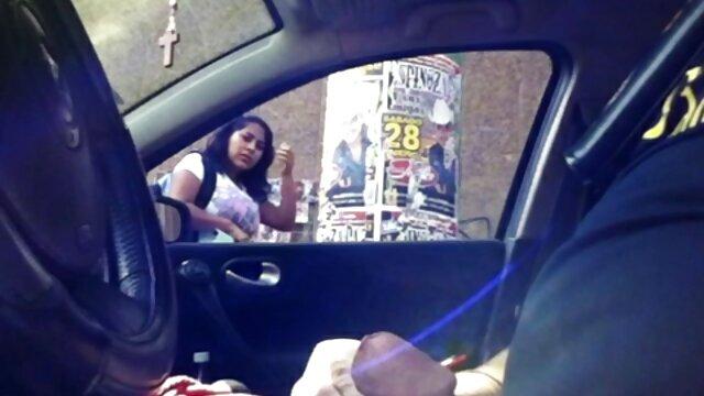 XXX nessuna registrazione  Una pornostar è molto severa sul massaggi porno gratis sesso.