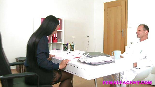 XXX nessuna registrazione  A prima vista, Charlotte, video gratis porno massaggi sorella ingenua come una puttana.