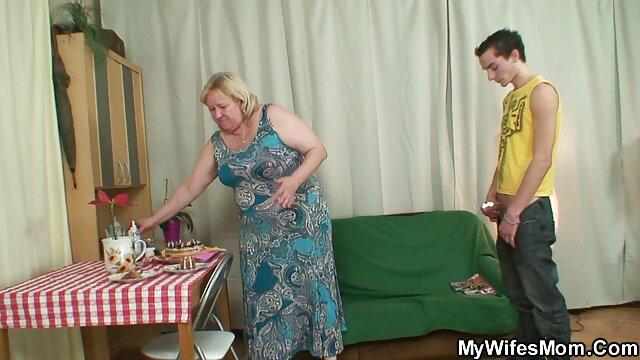 XXX nessuna registrazione  Attenzione l. una bella bionda matura non è contrario ad essere un dildo. video massaggi italiani porno