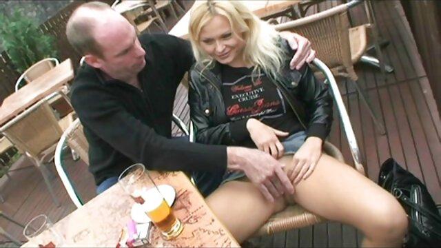 XXX nessuna registrazione  Pornostar Mature in calze lasciano che video porno massaggi gratis il capo faccia Sesso Brutale con lei.