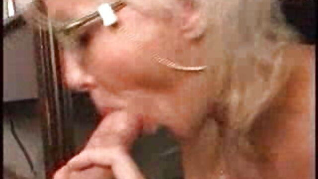 XXX nessuna registrazione  Corneo maturo donna è un author in il culo mentre suzione il tuo cazzo sesso video massaggio sessuale