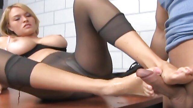 XXX nessuna registrazione  La massaggio eccitante video sua passione decollò rapidamente