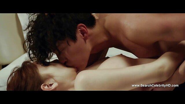 XXX nessuna registrazione  Una calda ragazza Giapponese scopata film porno massaggi cinesi e crema nella sua pelosa L.