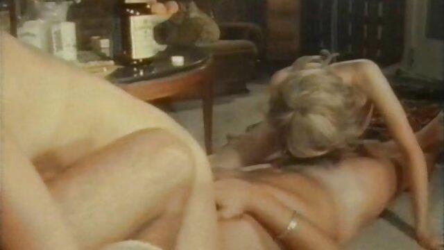 XXX nessuna registrazione  Giovane latino Pornostar orale sogno si avvera con succhiare massaggi orientali video porno e leccare