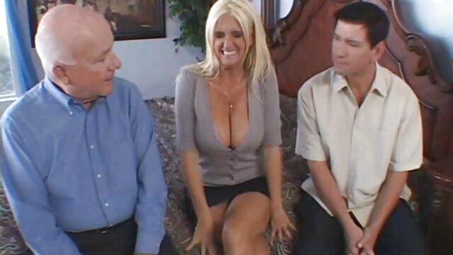 XXX nessuna registrazione  Le incredibili tre ragazze sono filmati di massaggi erotici insaziabili e cattive.