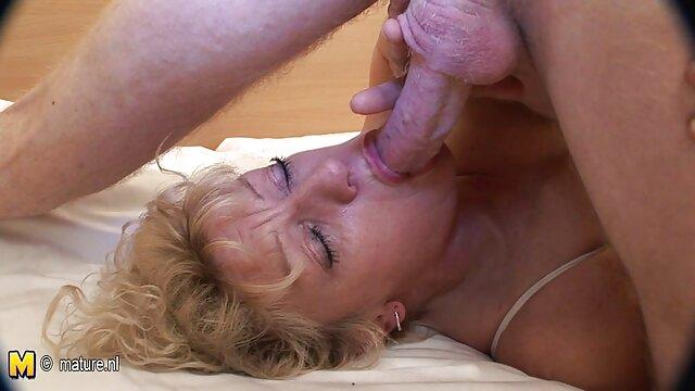 XXX nessuna registrazione  Porno star flirtare con il marito a causa del sesso. video di massaggi porno