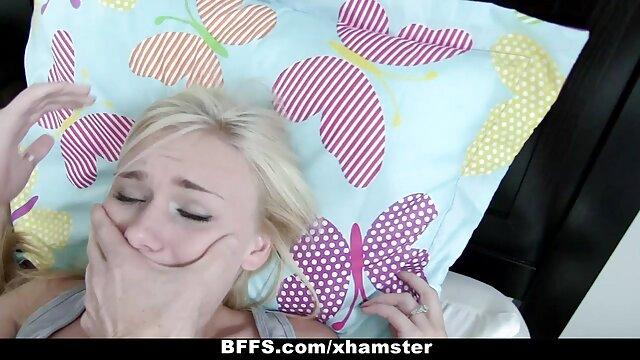 XXX nessuna registrazione  Ebano sexy lesbiche massaggio erotico porno totale massaggio e leccare ogni altri.