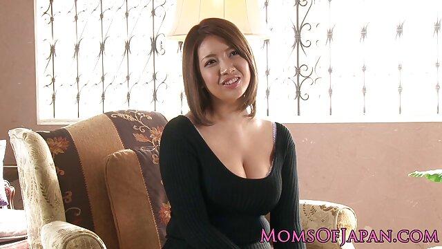 XXX nessuna registrazione  Una massaggi sessuali video ragazza normale non vivrà un giorno senza sesso anale duro.