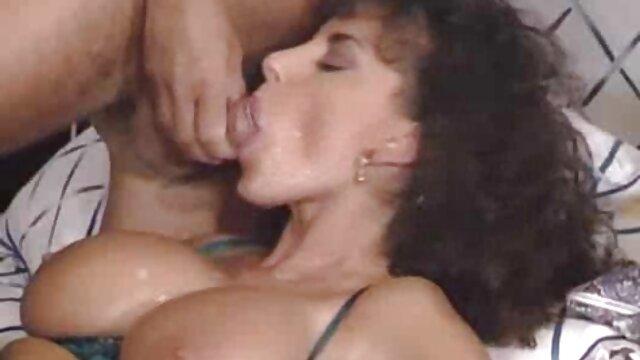 XXX nessuna registrazione  Hiddencam cattura l'intimità di un xxx massaggio cinese uomo con altre ragazze
