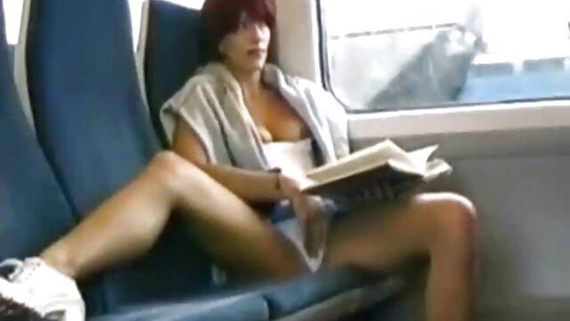 XXX nessuna registrazione  Super sexy bruna succhia, scopa e video massaggio sessuale ingoia